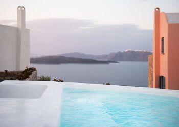 Red Cliff Villa Santorini