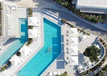 Relux Ios Hotel