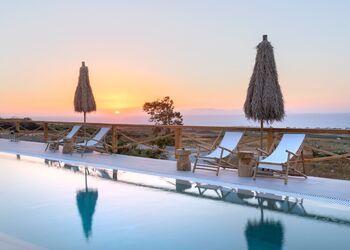 View Hotel by Secret Santorini