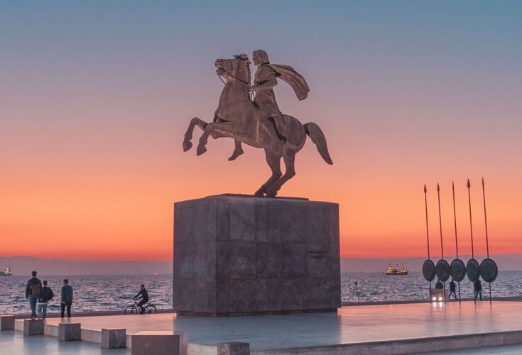 The monument of Alexander the Great is located in Nea Paralia of Thessaloniki