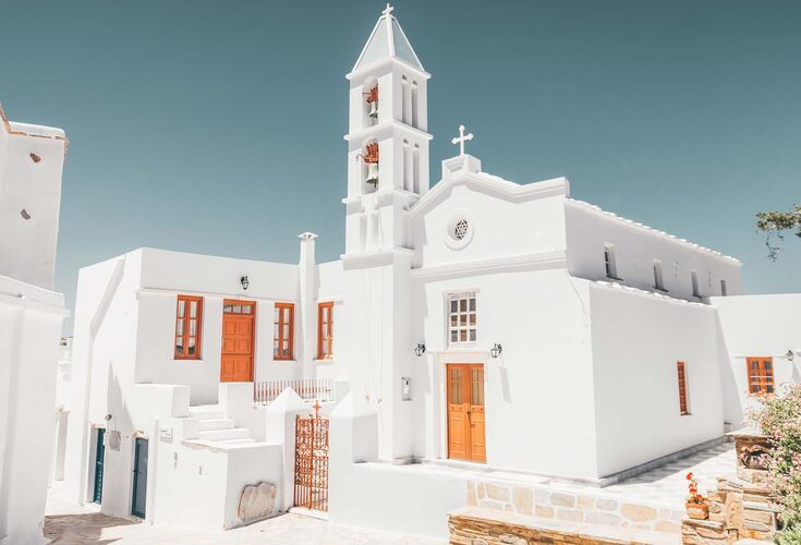 Pyrgos is the village of the artists located on the north side of the island