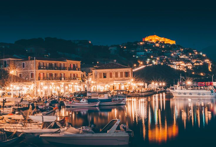 The castletown of Molyvos at night